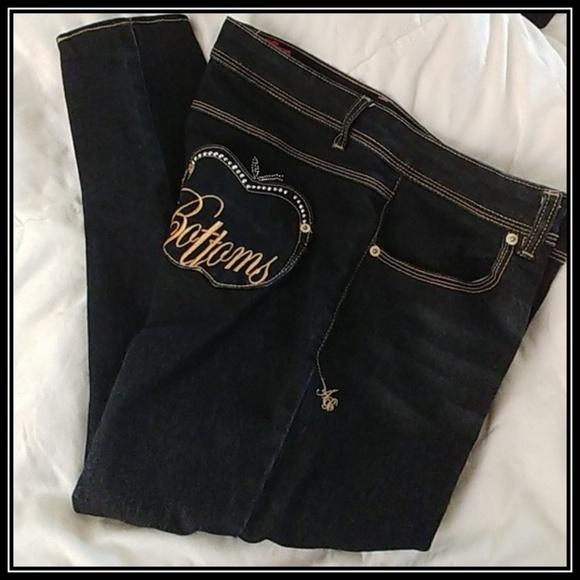 9a1cd2f02dd Apple Bottoms Jeans